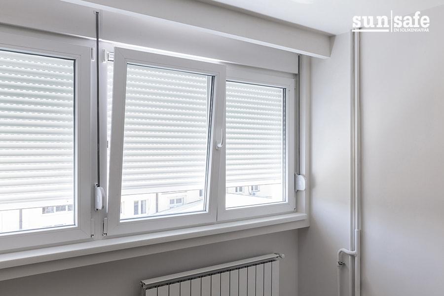 100 fönster watermark 900x600