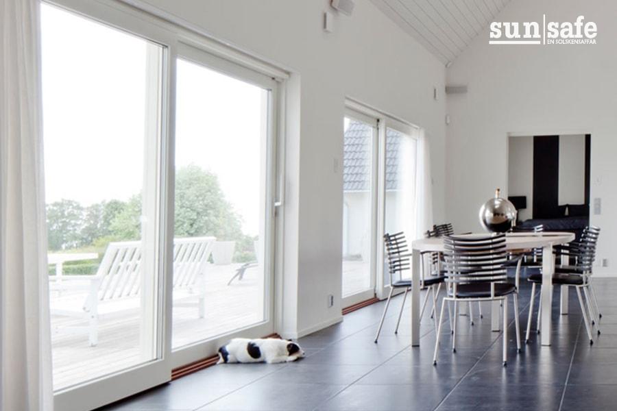 105 fönster 900x600