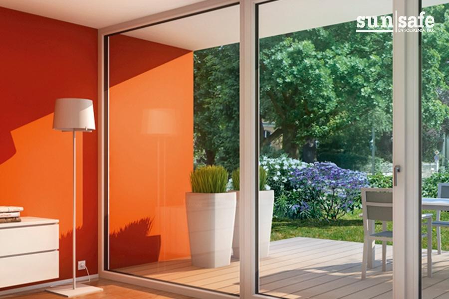 107 fönster 900x600